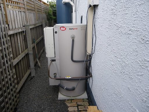 Energy efficiency of buildings (domestic hot water and commercial heating, ventilating and air-conditioning systems)
