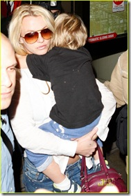 britney-spears-louisiana-to-los-angeles-09