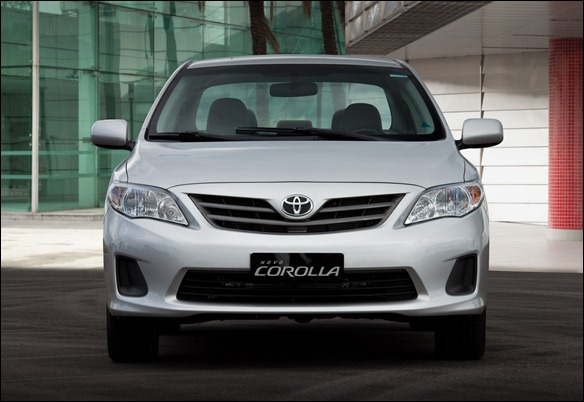 Toyota revela o Corolla reestilizado