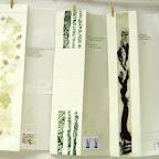Les gravures sont accompagnées de textes d'auteurs ...