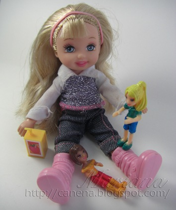 Kelly-juega-con-pollypocket3