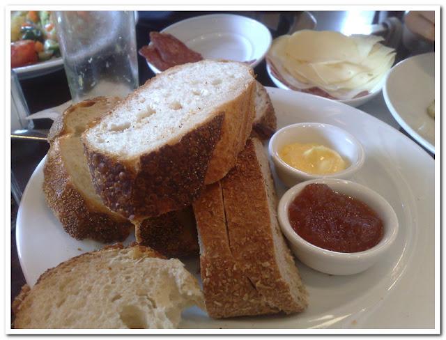 לחם, חמאה וריבה
