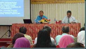 Narasumber 1 Dr. Kertahadi, M.Com