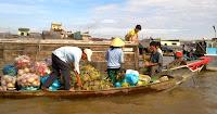 Chợ nổi miền Tây Nam Bộ