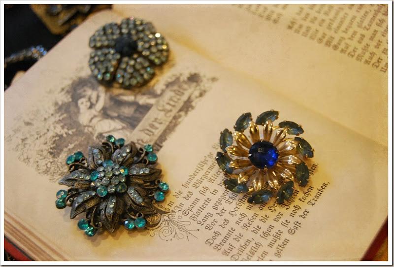 blue pins
