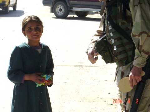 kabul girls photos. Little Girl in Kabul 2004