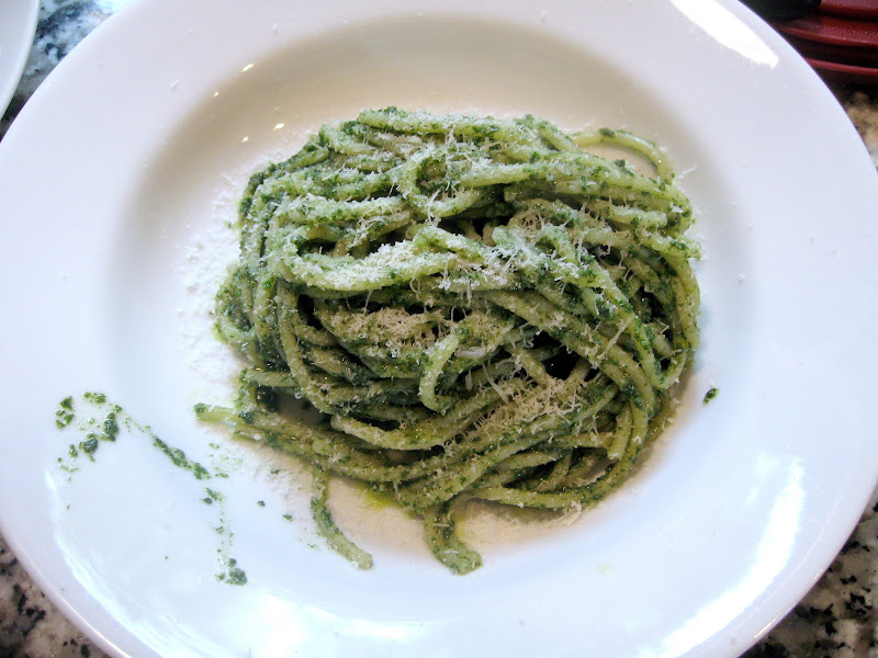 Completed pasta with pesto dish