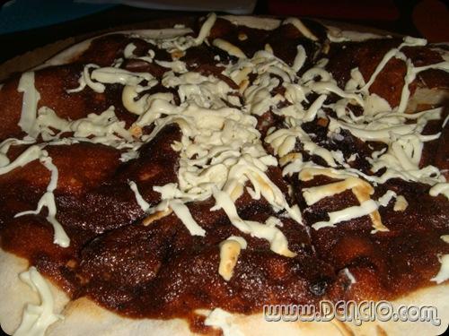 Chocoholics Pizza: Php115