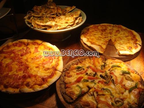 YUMYUM Pizza!