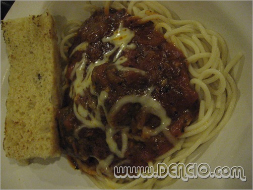 Mozzarella Meatball Pasta