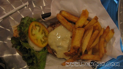 Gourmet Chicken Burger With Fries P170
