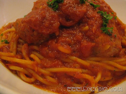 Meatballs Marinara on Pasta P250