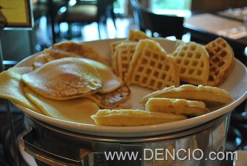 Bellevue Breakfast 08