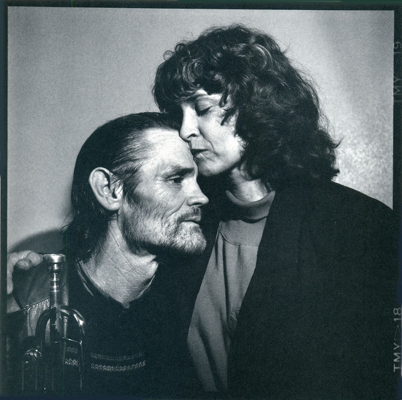 Chet Baker, chet and diane - Rennes - November 19, 1987 - Photo by Richard Dumas.jpg