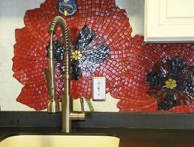 lori d poppies backsplash 2