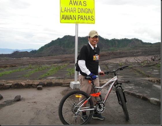 Wisata-Sepeda-Lava-Tour-Kali-gendol-2011