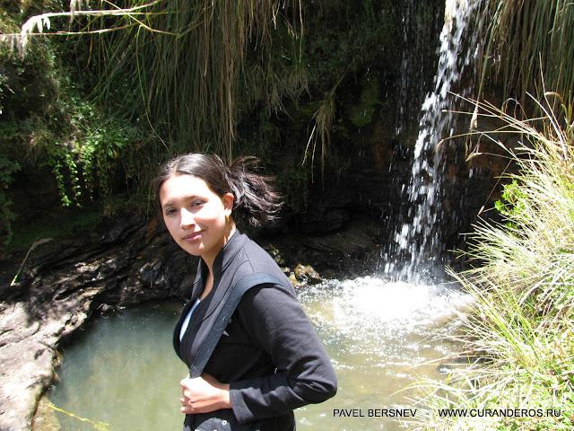 девушка Индеанка на природе