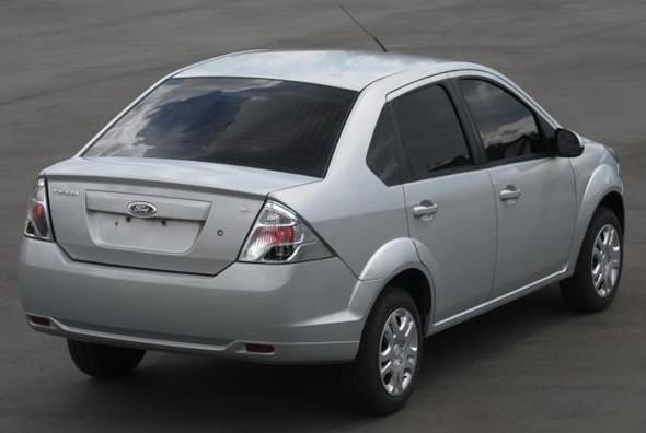 Fiesta Sedan Metalico