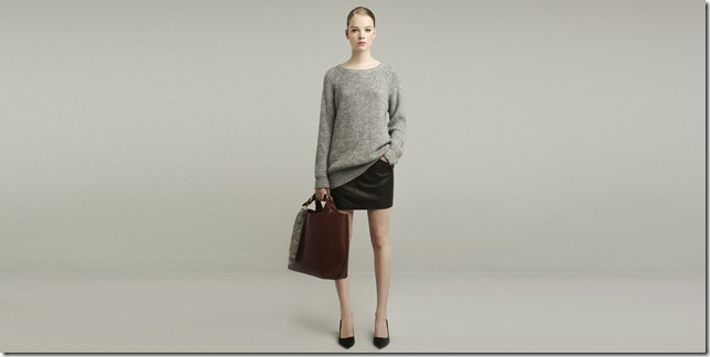 tote bag and grey knit sweater top