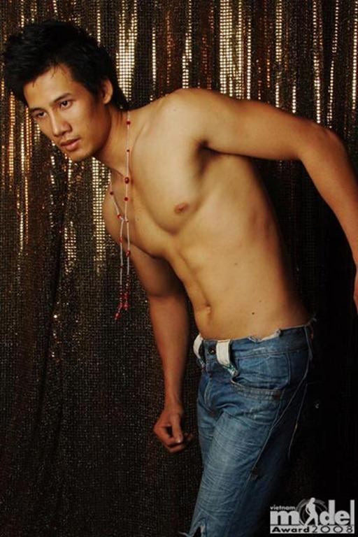 Asian-Males-Vietnamese-Model-Pham-Thanh-Thuc-19