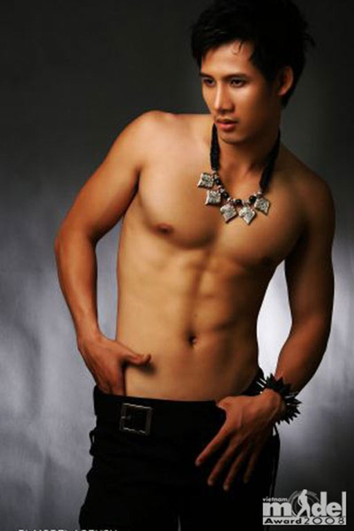 Asian-Males-Vietnamese-Model-Pham-Thanh-Thuc-24