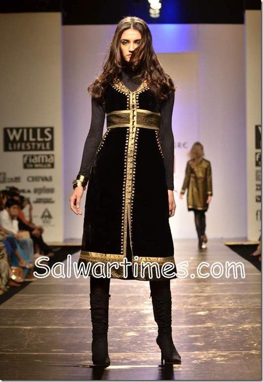 Anita_Dongre_Designer_SALWAR_kameez (5)