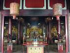 Dans le temple Vihara Gunung Timur