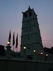 Le minaret de la mosquée, d'influence chinoise