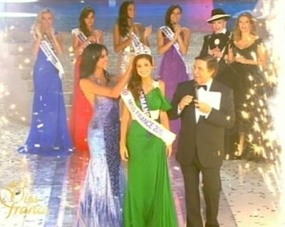 Matika Ménad in crowned Miss France 2010 - click to go to the website