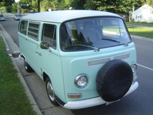 image of Volkswagen microbus