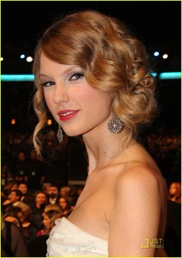 taylor-swift-peoples-choice-2010-03