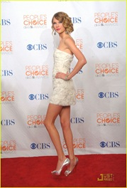 taylor-swift-peoples-choice-2010-26