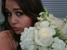 Miley-Cyrus-twitter-b06
