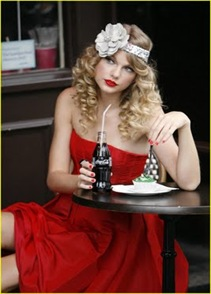 taylor-swift-coca-cola-cute-11