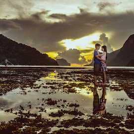 Sunset of Love by Jryan Quines - People Couples