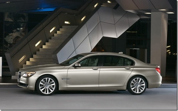 2009_BMW_7_Series_1920 x 1200 widescreen