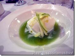 Ca'Suso: Sopa-Geleé  de Manzana y Te Verde con Helado de Yogur