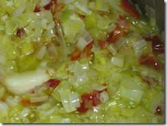 Patatas con Chorizo: Puerros, Cebolla, Ajos y Pimiento