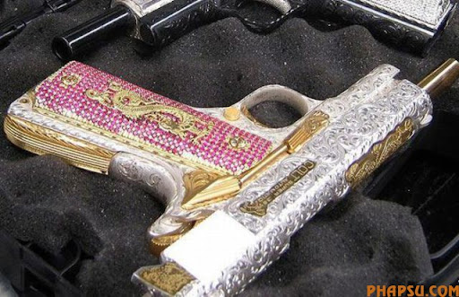 handguns_of_mexican_640_07.jpg