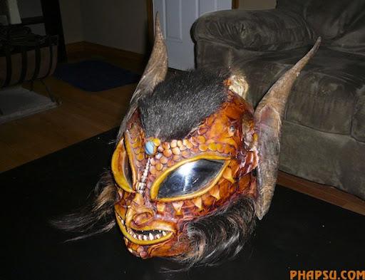 Spooky_Motorcycle_Helmet.jpg