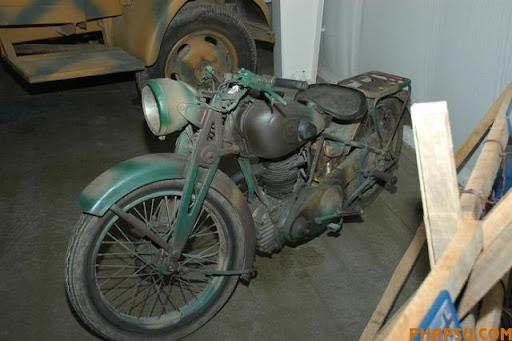 wwii_motorcycles_10.jpg