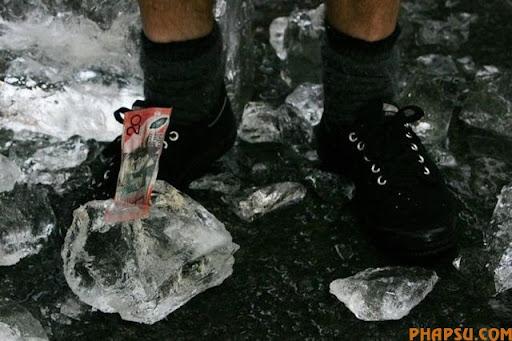 frozen_money_640_06.jpg