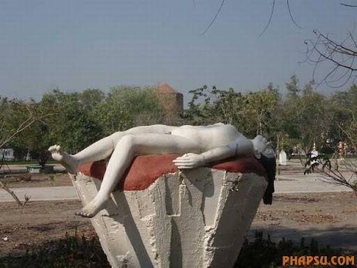 sculptures_30.jpg