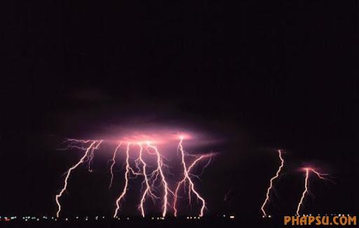 impressive_lightnings_640_15.jpg