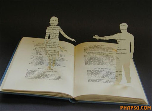 Awesome_Book_Sculptures_12.jpg