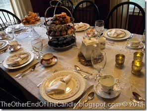 Tablescape fit for a Queen 099