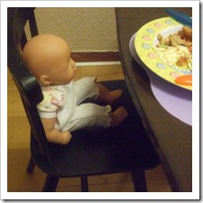 doll-dinner