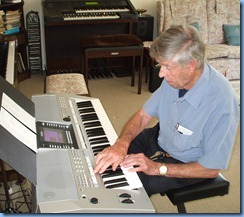 Michael Bramley gave us an extended play on the Yamaha PSR-710. He has recently purchased a PSR-910 himself and so would have felt 'at home' on this instrument
