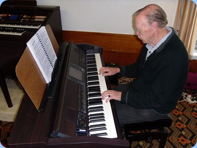 Colin Crann got the afternoon off to a great start on the Clavinova.