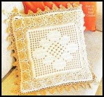 Almofada Crochet Pillow - Pink Rose